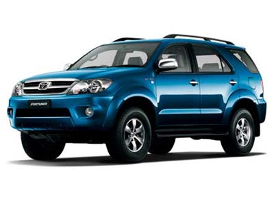 toyota_fortuner_broom_337180_o